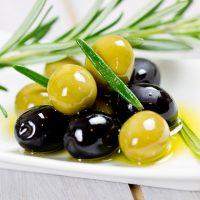 Оливки и маслины при грудном вскармливании